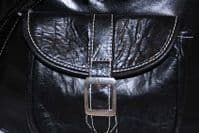 Leather Holdall Travelbag with Contrast Stitching